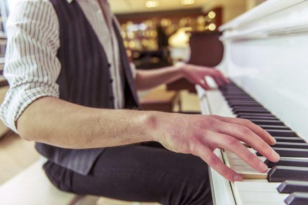 Quella volta che ho venduto un pianoforte viola - Yamaha Music Club