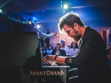 Andrea Manzoni pianista