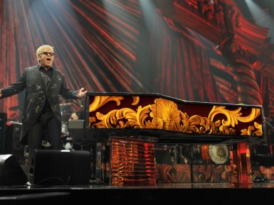 The Million Dollar Piano e Elton John