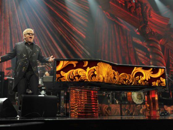 The Million Dollar Piano e Elton John