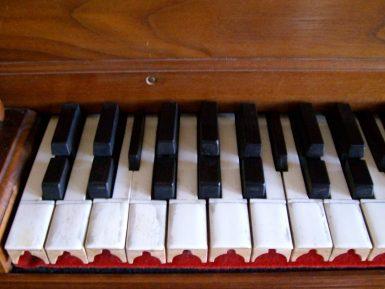intervalli-musicali-sulla-tastiera-del-pianoforte