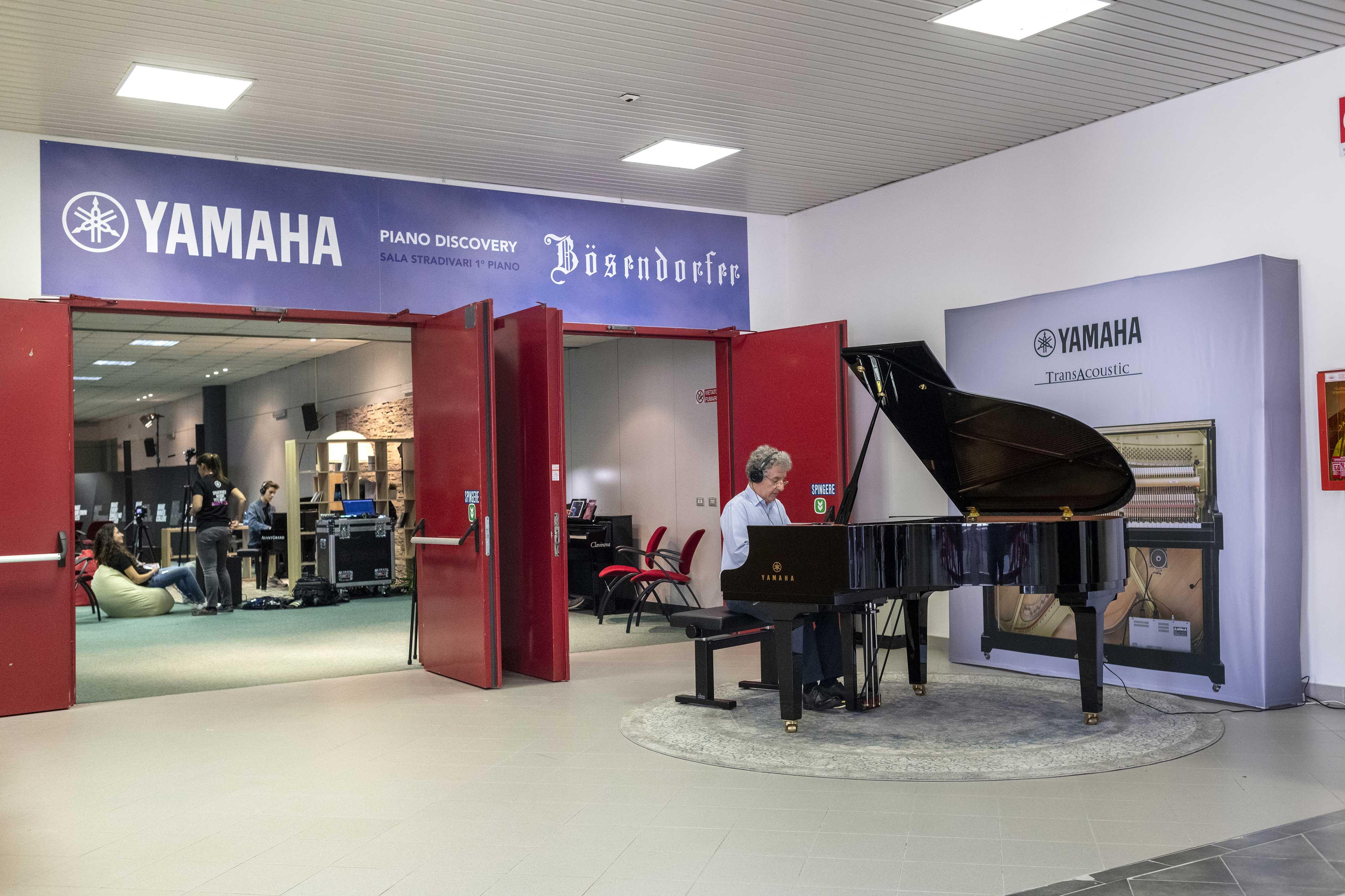 Yamaha & Bösendorfer piano discovery